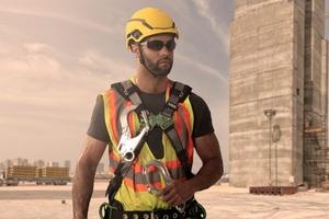 Für gutes Aussehen: Der V-Guard H1 wirkt eher wie ein Sporthelm als ein Schutzhelm für die Baustelle.<br />