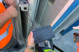 Auch im Randbereich ist die Lasermessung aufgrund der Gerätekompaktheit einfach zu handhaben.
