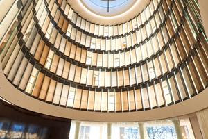 Raumerlebnis. Die Kuppel mit zehn Meter Durchmesser bildet den Abschluss der Rotunde in der Pianobar.