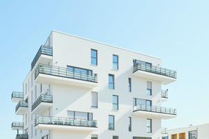 Insbesondere im mehrgeschossigen Wohnungsbau erfreut sich Kalksandstein großer Beliebtheit. Auch die Hellwinkel Terrassen in Wolfsburg besitzen ein Mauerwerk von KS-Original.