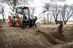 Die V-Modelle ermöglichen zahlreiche Anwendungen im Abbruch und im Garten- und Landschaftsbau.