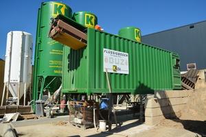 Mit dieser Anlage produziert das Unternehmen Erdbau Kuhn in Kirchhardt Flüssigboden.