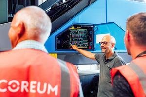 """""""Um die Herausforderungen wirtschaftlich zu meistern, muss man offen sein."""" Andreas Gruber ist im Coreum ein erfahrener Branchenspezialist und Trainer."""
