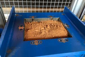 Zusammen mit ihren Kooperationspartnern haben die Ziegelwerke Leipfinger-Bader geeignete Rezepturen entwickelt, um einen Vollziegel aus recycelten Ziegelresten herzustellen.