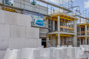 Die Vorteile des digital vernetzten Arbeitens am Bau lassen sich bereits seit einigen Jahren beim wirtschaftlichen Mauerwerksbau mit Planelementen erleben.