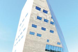 Das Groninger Forum besticht durch seine radikale und unkonventionelle Architektur inmitten der Innenstadt der niederländischen Provinzhauptstadt.