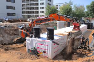 Die Grube wurde mit dem Aushub, einem Sand-Kies-Gemisch, verfüllt.