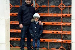 Der aktuelle und der zukünftige Inhaber der WBK GmbH Wohnbau Konzept Hannover, Ardalan (links) und Rayan Ossman.<br />