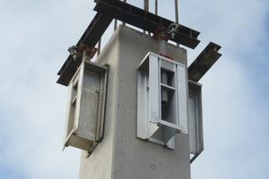 Die Funktion der fehlenden Unterzug-auflager auf dem Stützenkopf übernehmen Ischebeck Wandkonsolen WK 1000. Die Einzelteile werden später vollständig wiedergewonnen.