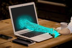 Gebrauchtmaschinen online kaufen? Digitale Tools besiegeln bei den E-Commerce-Plattformen von Ritchie Bros. den virtuellen Handshake.