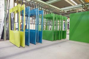 Nicht nur die Stahlrahmen werden wiederverwendet, auch die meisten Wandeinheiten können für einen neuen Mieteinsatz aufbereitet werden.