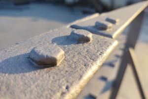 Eine Zinklamellenbeschichtung führt zu einem nachhaltigen Schutz bei besonders beanspruchten Stahl-brücken.