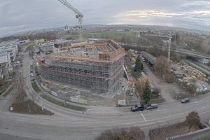 Im Industriegebiet Tränke in Stuttgart-Degerloch entsteht derzeit die neue Zentrale der Gustav Epple Bauunternehmung GmbH. Im Rahmen der Erstellung des Rohbaus kam ein Mix aus maßgenau hergestellten Sonderschalungselementen und bewährten Systemschalungen zum Einsatz.