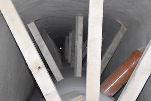 Die GFK-Rohre wurden im Altkanal vor dem Verfüllen des Ring-raums gut gegen Auftrieb gesichert und die Zuläufe entsprechend verlängert.