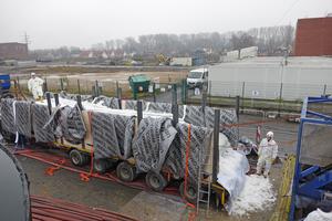 Die Schlauchliner wurden im Werk des Herstellers mit Polyesterharz getränkt und gekühlt zur Einbaustelle geliefert.