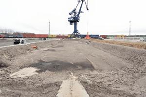 Die Versickerungsmulde ist Teil des von BEV Ingenieure GmbH, Königs Wusterhausen entwickelten ökologischen Entwässerungskonzepts.