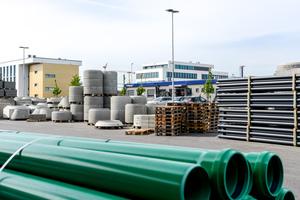 Die Muffenrohr Tiefbauhandel GmbH steht für ein umfangreiches und hochspezialisiertes Tiefbausortiment als Vollsortimenter in den Tiefbausegmenten Versorgung – Entsorgung – Oberfläche.