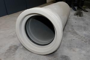 Fabekun – eine gute Kombination, die sich bewährt hat: außen Beton und innen Kunststoff.