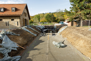 Für die Anlagen wurde eine geböschte Baugrube ausgehoben. Hierfür musste ein statischer Nachweis der Standsicherheit erbracht werden.