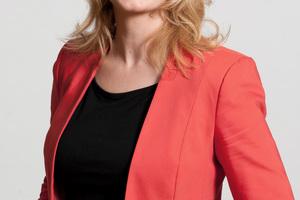 Dipl.-Soz. Caren Lay ist seit 2009 Mitglied des Bundestags. Seit 2013 ist Lay stellvertretende Fraktionsvorsitzende und darüber hinaus Sprecherin für Mieten-, Bau- und Wohnungspolitik der Fraktion DIE LINKE<br />