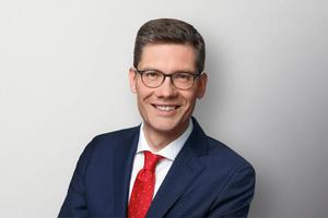 Christian Hirte ist Vorsitzender der CDU Thüringen, Angehöriger des Deutschen Bundestags, und dort u.a. stellvertretender Vorsitzender des Ausschusses für Bau, Wohnen, Stadtentwicklung und Kommunen