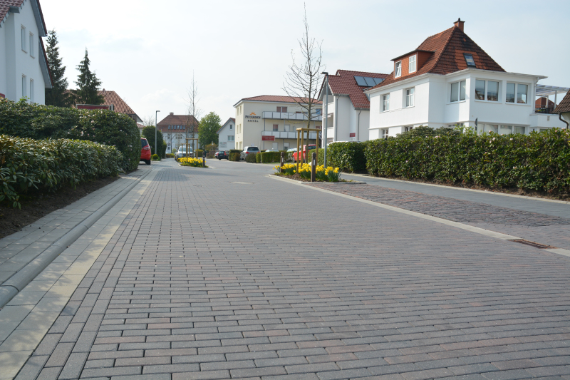 Frischer asphalt begehbar