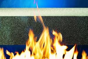Mit dem nichtbrennbaren Material Schaumglas erfüllt das Foamglas-WDVS die Anforderungen der Brandschutzklasse A1.