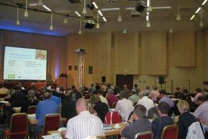 Etwa 150 Teilnehmer trafen sich zu der Jubiläumsveranstaltung der Regenwassertage der Deutschen Vereinigung für Wasserwirtschaft, Abwasser und Abfall e. V. (DWA) in Bad Soden<br />