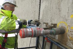 Im Rahmen der Bauwerksuntersuchung wurden zu Prüfzwecken Bohrkerne im Nassbohrverfahren entnommen