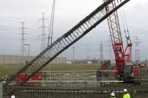 In Antwerpen wurden beim Tunnelbau unter der Schelde GFK-Schlitzwände eingesetzt. Sie konnten problemlos von der Tunnelbohrmaschine durchfahren werden