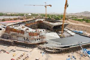 """<span class=""""bildunterschrift_hervorgehoben"""">Das Desert Learning Center</span> entsteht im Rahmen der Realisierung des Al Ain Wildlife Park and Resort. Aufgrund der architektonischen sowie technischen Innovationen wird das Bauwerk zu einem neuen Wahrzeichen der Region<br />"""
