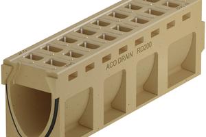 Die Aco Drain Monoblock RD 200 V DF wurde speziell für die Entwässerung von Fahrbahnen mit Deckschichten aus offenporigem Asphalt entwickelt