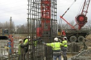 Tunnelbau in Antwerpen: Ein Projektteam von Schöck betreute den Einbau der ComBAR-Körbe vor Ort<br />
