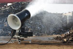 links: MobyDick Dust Control Cannonrechts: Kundenspezifische Lösung