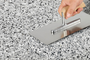 Der dekorative Natursteinteppich ist einfach und schnell zu verarbeiten.