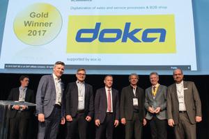 Harald Ziebula, Geschäftsführer Sales & MarketingDoka Group, nimmt für das Projekt Online Shop den SAP Quality Award in Gold entgegen.