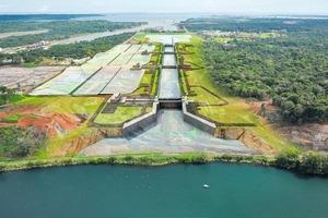 """Zusätzlich zu den vorhanden Schleusen sorgen die beiden neuen Anlagen an der Atlantik- und Pazifikseite für eine Verdoppelung der Kapazitäten des Panamakanals <br /><span class=""""bildunterschrift_hervorgehoben"""">Grafik: Canal de Panamá – Ampliación</span><br />"""