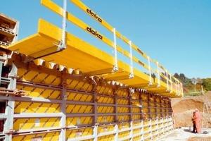 1 Kranabhängige schwere Rahmenschalungen sind wirtschaftliche und baustellengerechte Systeme, geeignet für den Einsatz von fließfähigen Betonen