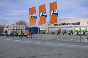 Das neue HKL Center in Langenfeld bietet Baumaschinen, Fahrzeuge und Container. Es liegt direkt an der A 3 zwischen Köln und Düsseldorf <br />