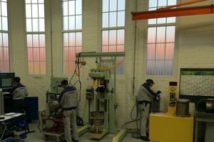Die KDPF Reinigungsanlagen zur Wiederaufbereitung der Komatsu DieselPartikelFilter für Zentraleuropa befindet sich im Komatsu Hanomag Werk in Hannover.