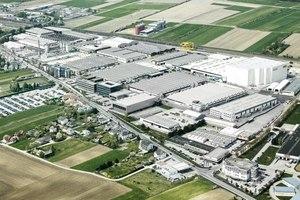 Das Doka Group Headquarter in Amstetten mit über 350.000 m² Fläche.