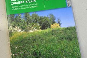 Die neue Broschüre von HeidelbergCement (Bildquelle: HeidelbergCement/Steffen Fuchs)