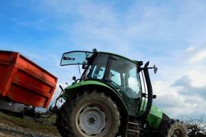 Die Belastungen der Verkehrsflächen rund um Raiffeisenmärkte stellen besondere Anforderungen an die Behandlung des Niederschlagswassers<br />