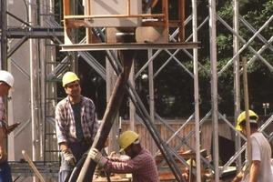 Die intensive Zusammenarbeit der BG Bau mit den Arbeitgebern und Versicherten in Sachen Unfallverhütung und Arbeitsschutz spielt eine große Rolle<br />