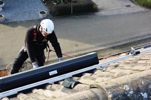 Das leichte und stabile Schienensystem ABS AluTrax sichert unterbrechungsfrei längere Strecken.<br />