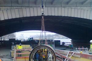 Die Rohrleitung verläuft unterhalb des Kais von Ivry-sur-Seine (Paris)<br /><br />
