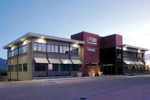 """Das neue Logo an dem Büro in Stellenbosch bei Kapstadt zeigt schon die Zugehörigkeit des Unternehmens zur Peri Gruppe<span class=""""bildunterschrift_hervorgehoben"""">Foto: Peri GmbH</span><br />"""