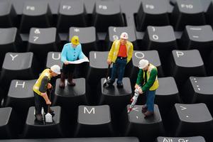 """<span class=""""bildunterschrift_hervorgehoben"""">Besser nachgefragt.</span> Welche Veränderungen durch einen Softwareeinführung vertragen die Mitarbeiter neben dem Tagesgeschäft?"""