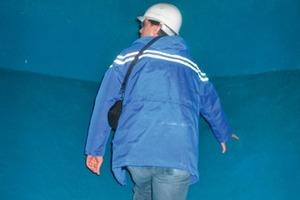Regelmäßige Überprüfungen der Oberfläche haben deutlich gemacht: Mit Oldodur ist der Beton bestens gegen die aggressiven Abwässer geschützt<em>Foto: Gelsenwasser AG</em><br />