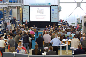 Premiere: IKT-Geschäftsführer Dipl.-Ök. Roland W. Waniek begrüßte die Gäste zum 1. Deutschen Tag der Kanalreinigung